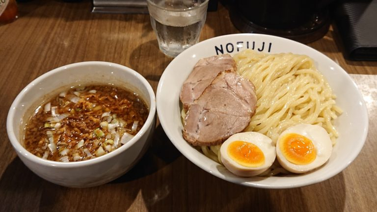 NOFUJIの特製魚介醤油つけ麺