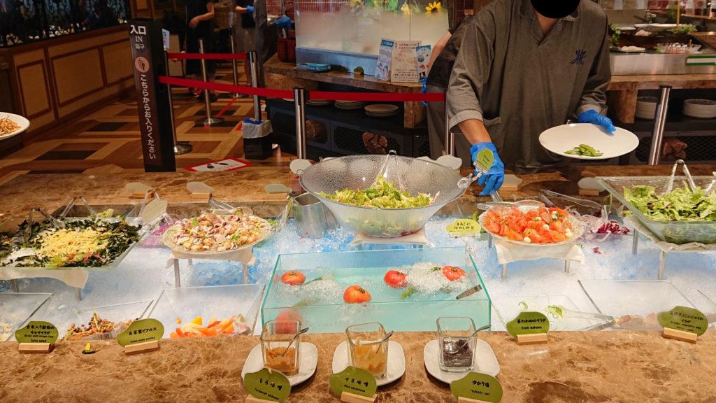 センチュリーマリーナのサラダコーナー