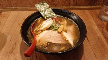【in EZO 本店】セットメニューがお得!油そばも人気な濃厚煮干しの特にぼ中華そばで一人ラーメン