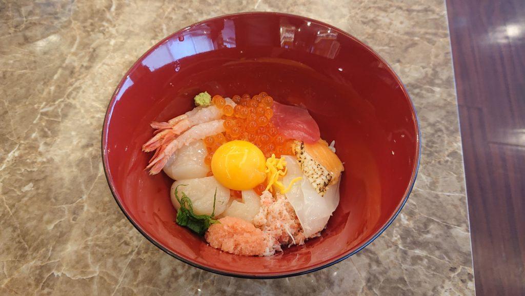 ベッセルイン札幌中島公園の海鮮丼
