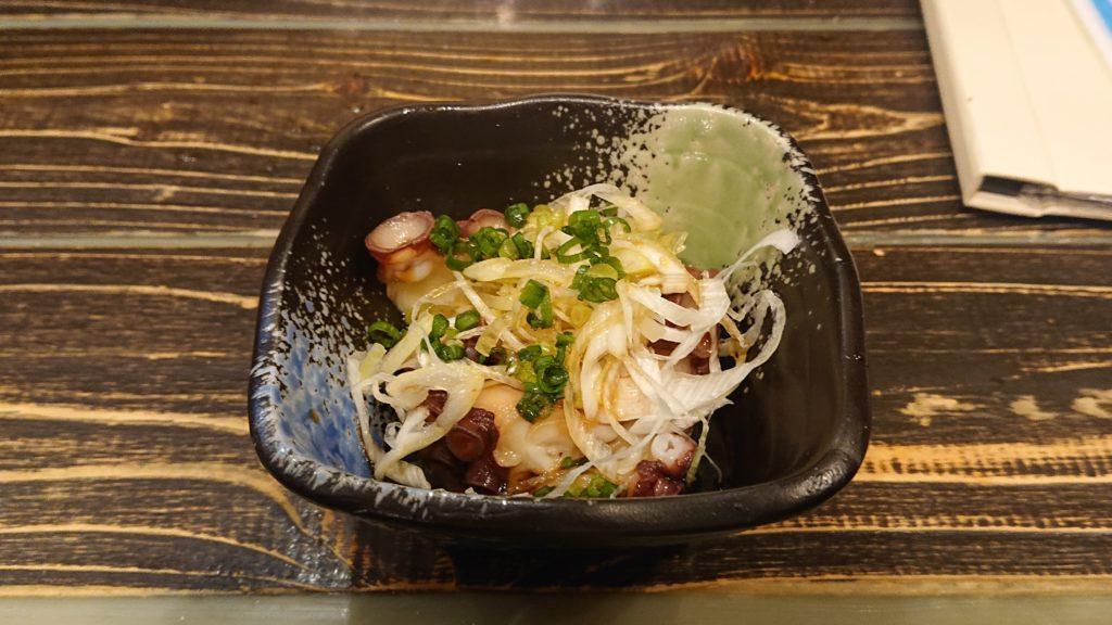 イザカヤラボの北海道タコの葱ポン酢
