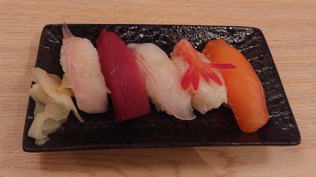 笑楽の晩酌セットの寿司