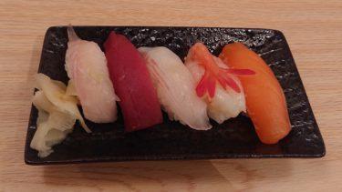 【すし酒場 笑楽 白石店】本格的な寿司も付いてくるボリューム満点の晩酌セット!フードも安いホワイト広場の新店舗で一人飲み