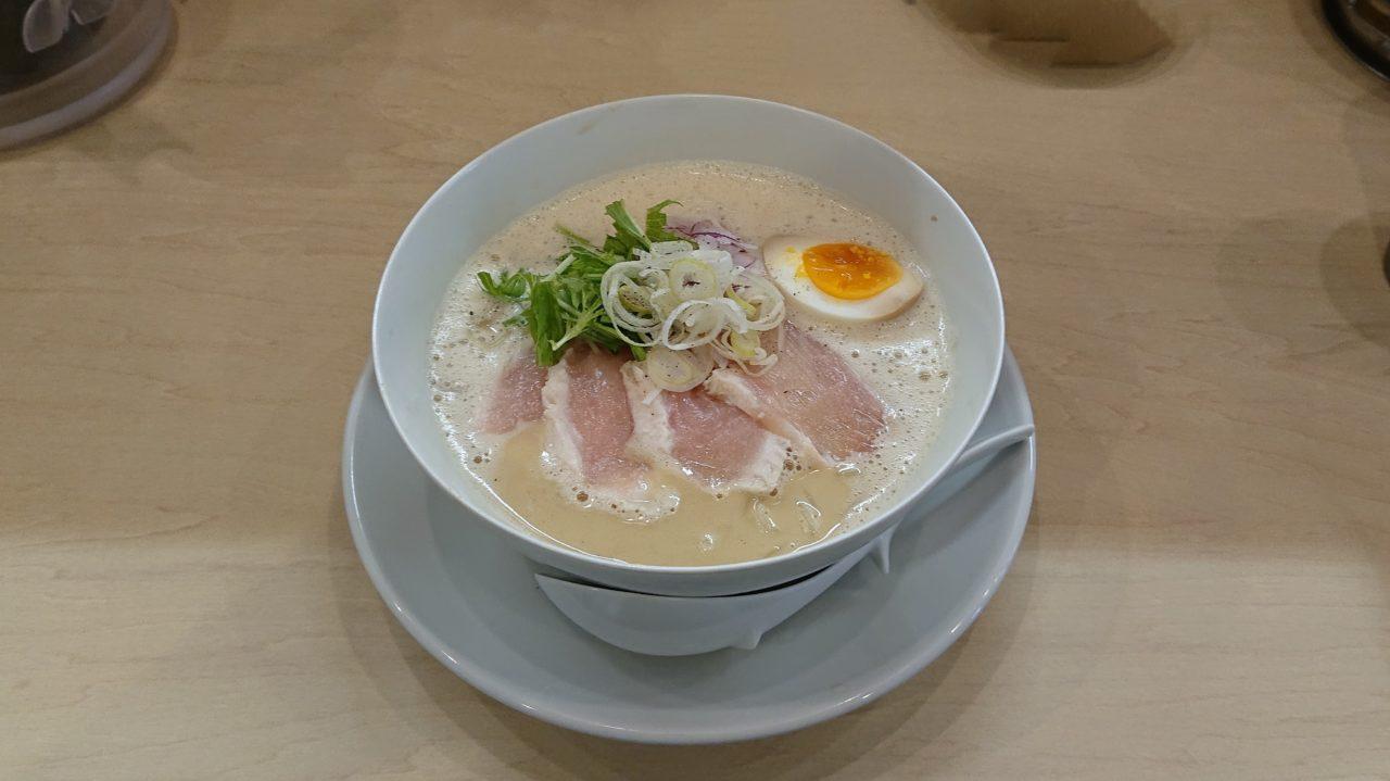 鶏白湯そば燠の鶏白湯ラーメン